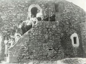 Abitazione del custode all'interno del castello